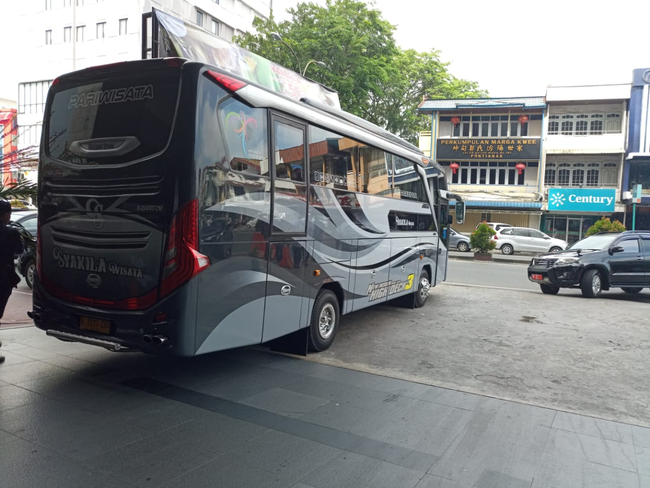 Paket Tour Pontianak Singkawang (3 Hari 2 Malam)