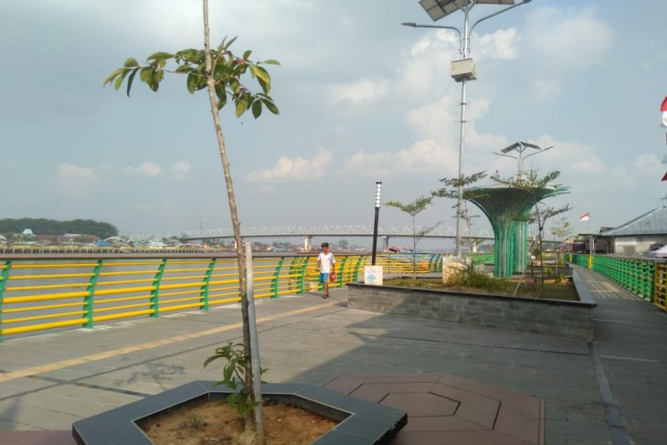 Pemandangan Waterfront City Pontianak